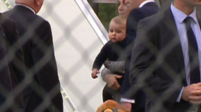 BREAKING: Duke & Duchess of Cambridge boarding a flight to #Wellington with baby Prince George #royalvisitNZ #Today9 RT the today show