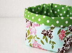 diy tutorial sew a fabric basket via pussit pinterest n hen utensilo selber. Black Bedroom Furniture Sets. Home Design Ideas
