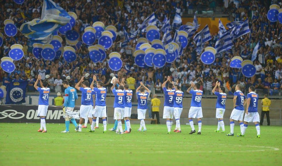 Tri Corneteiros Nao Esta Tudo Azul Cruzeiro Foto De Capa Twitter Futebol
