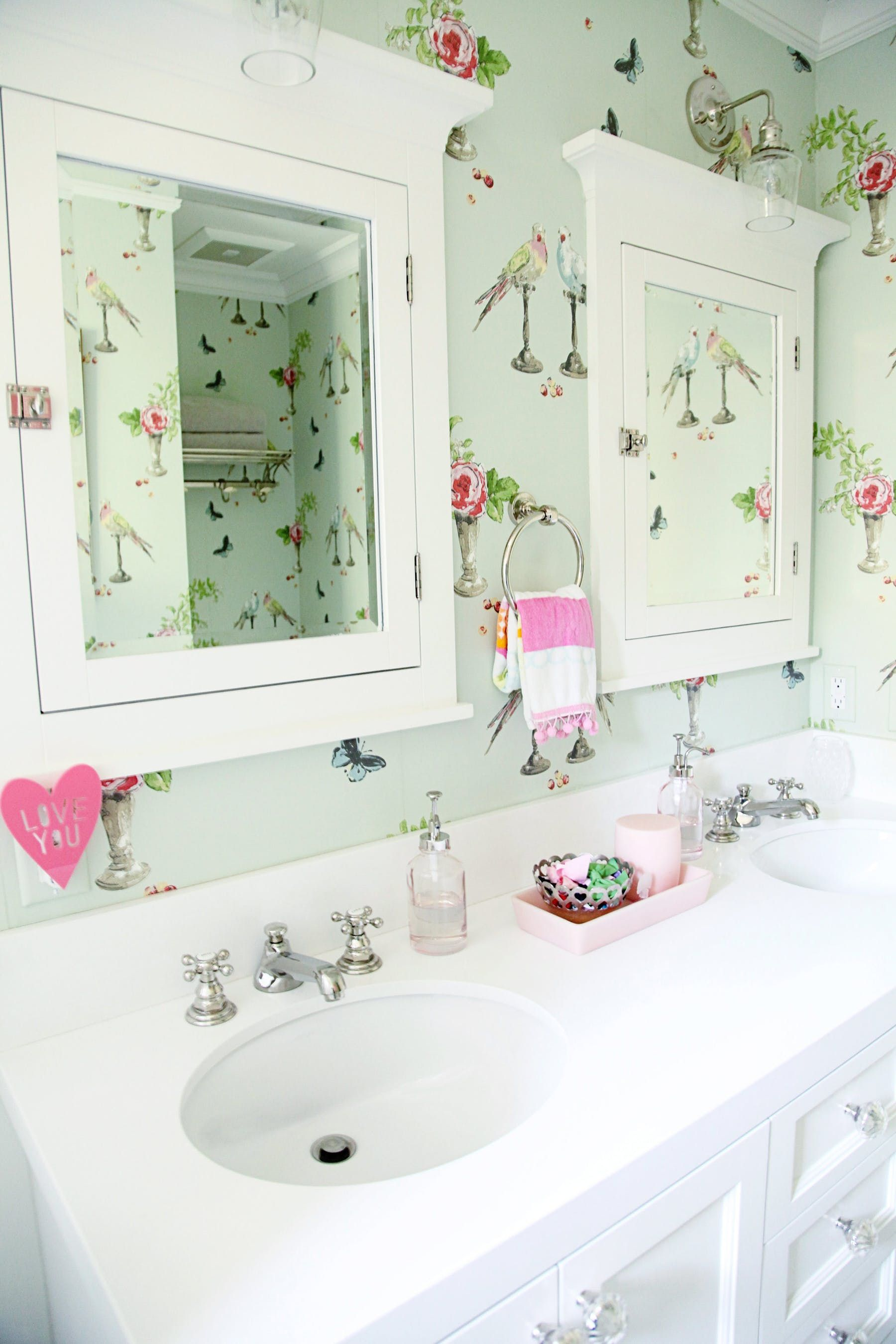 36 Of The Prettiest Bathrooms Of All Time