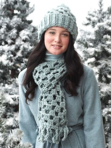 Free Pattern - This granny-inspired #crochet hat and scarf is the perfect gift set to shine beside a great winter coat.