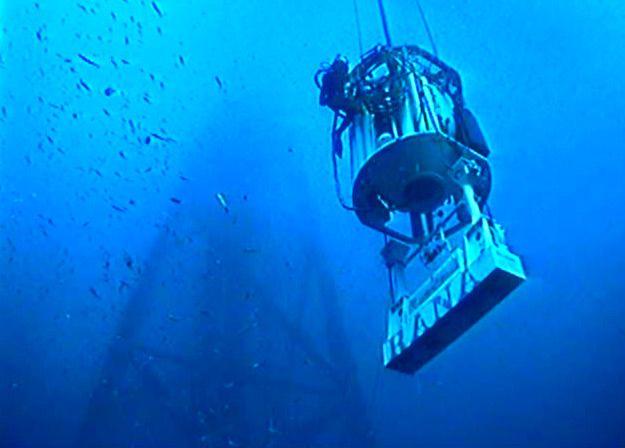 Commercial diving ndt equipment saturation diving air dive - Dive system shop ...