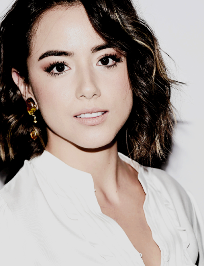 Chloe Bennet || The Premiere for Season 3 of Marvel's 'Agents of S.H.I.E.L.D. (09.24.15)