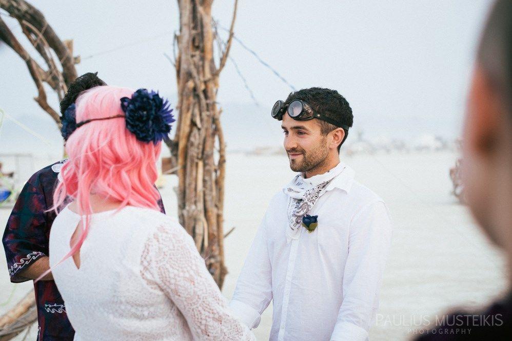 Burning Man Wedding Photography | Megan & Greg | Blog #BurningManWeddings #BRCweddings #BurningManPhotography