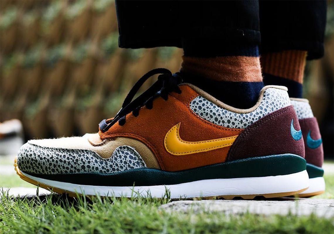 Herren schuhe sneakers Nike Air Safari AO3298 800 | WEINROT