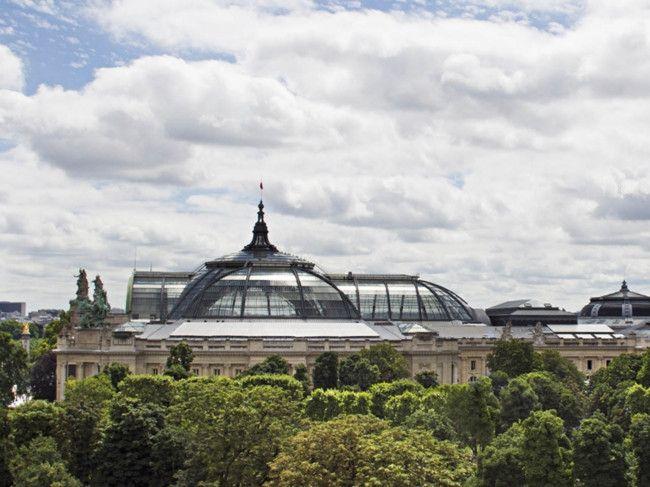 La Réserve Paris opens its doors.