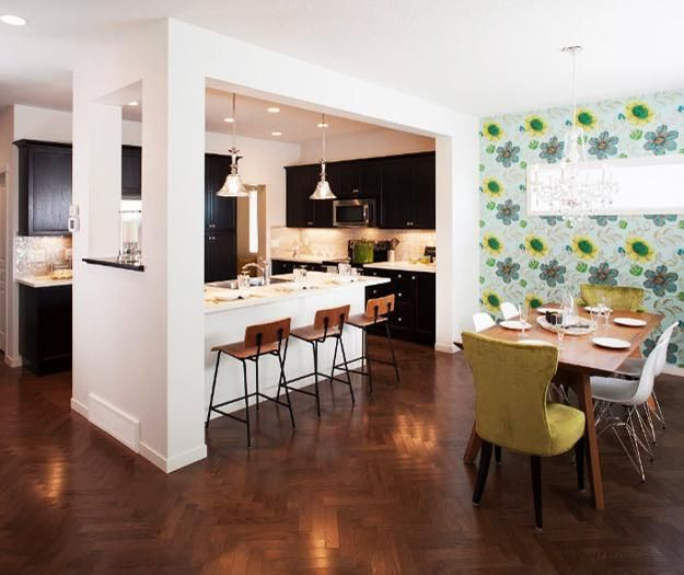 Peninsula Kitchen Designs with Integrated High Seating Areas and Bar ...