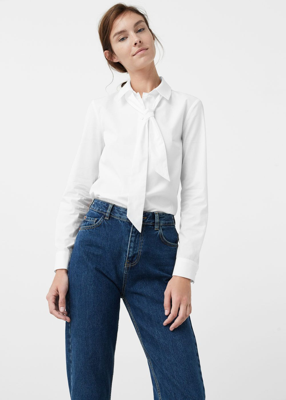 5dbab027d9e Blusa lazo cuello - Mujer en 2019 | Outfits | Blusas con lazo ...