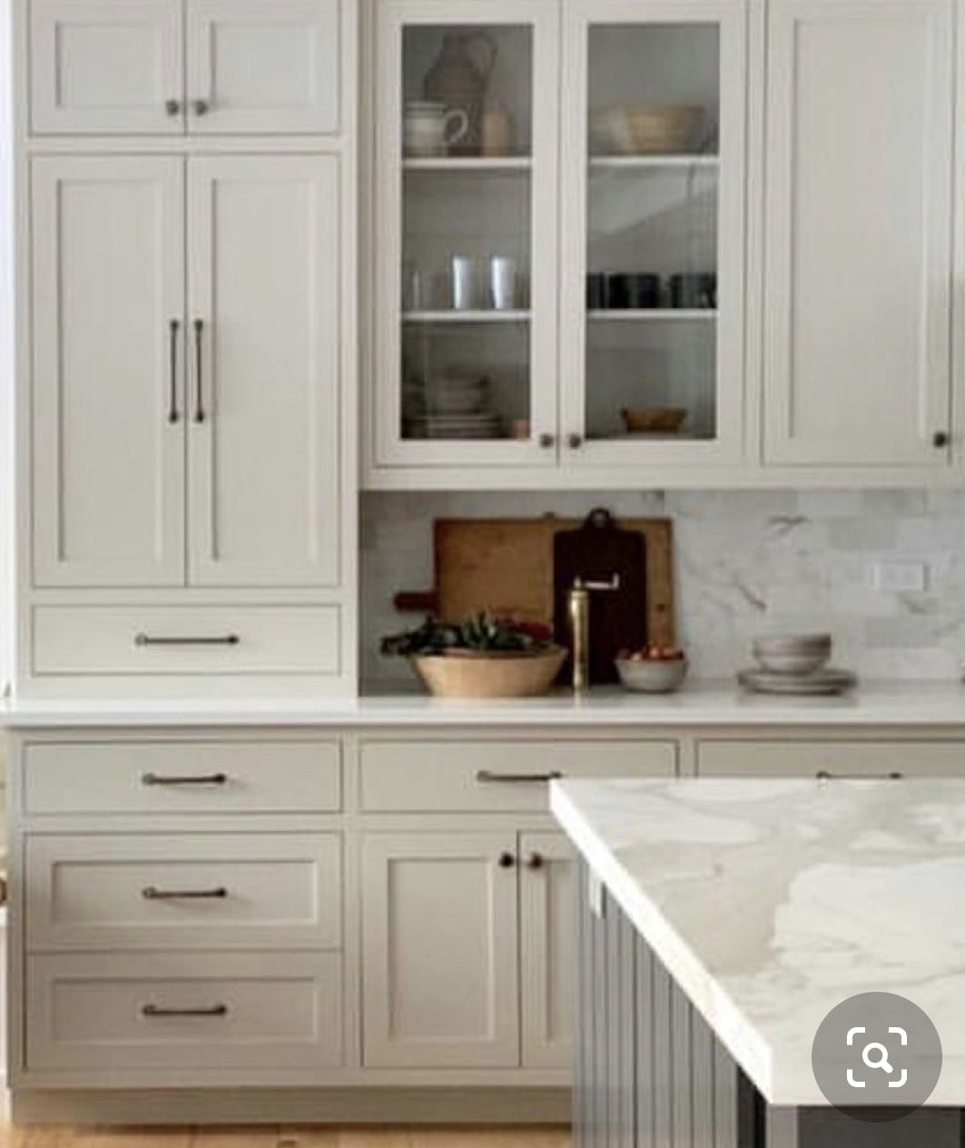 Pin By Cathy Anderson On Kitchen In 2020 Home Kitchens Home Decor Kitchen Marble Kitchen Island