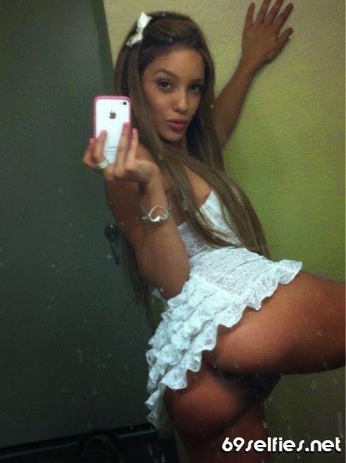 selfie-latina-pussy-ballerina-girl-in-hardcore-action