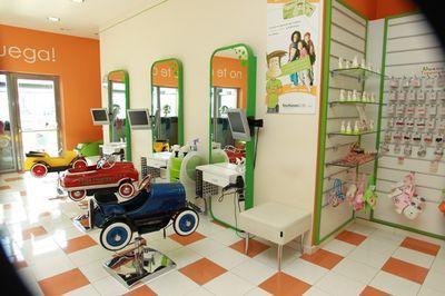 Ideas para un salon de belleza google search for Iluminacion para peluquerias