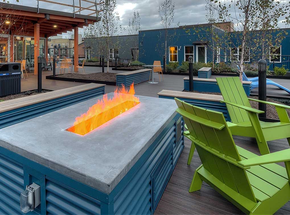 Another view of the outdoor entertainment facilities at