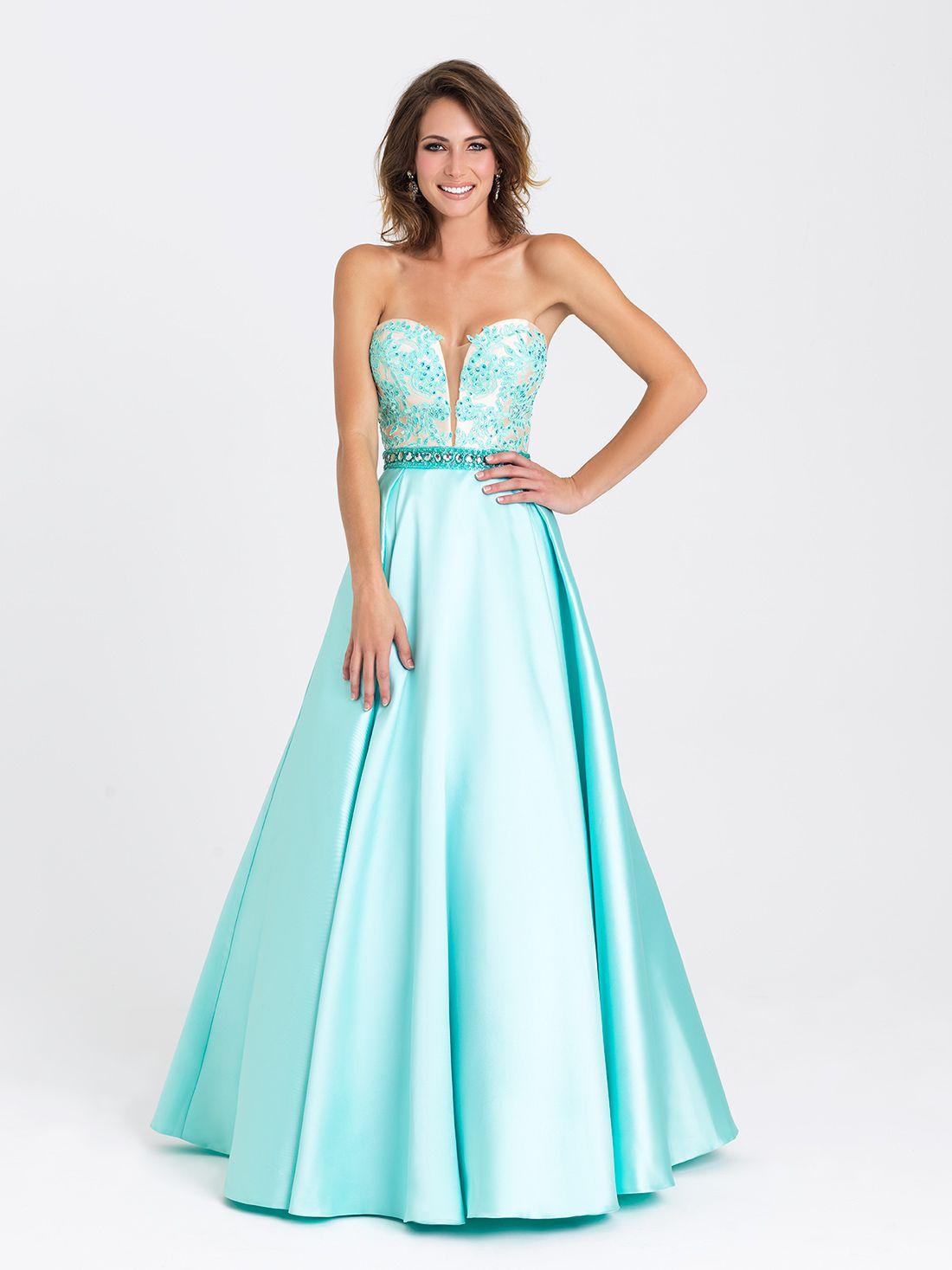 285c974ee8 Precioso vestido con escote corazón y falda satinada con volumen