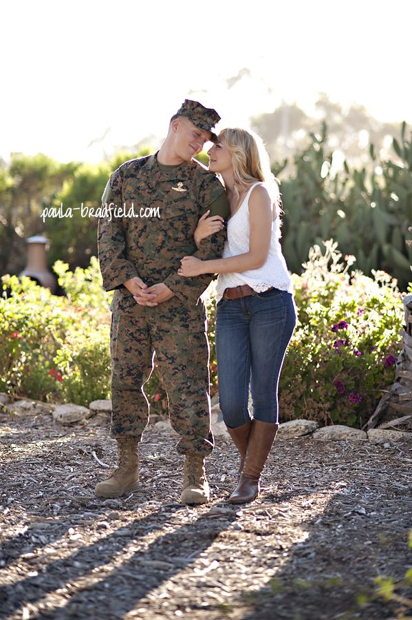 Super Cute Military Couple Pictures Military Couples Couple