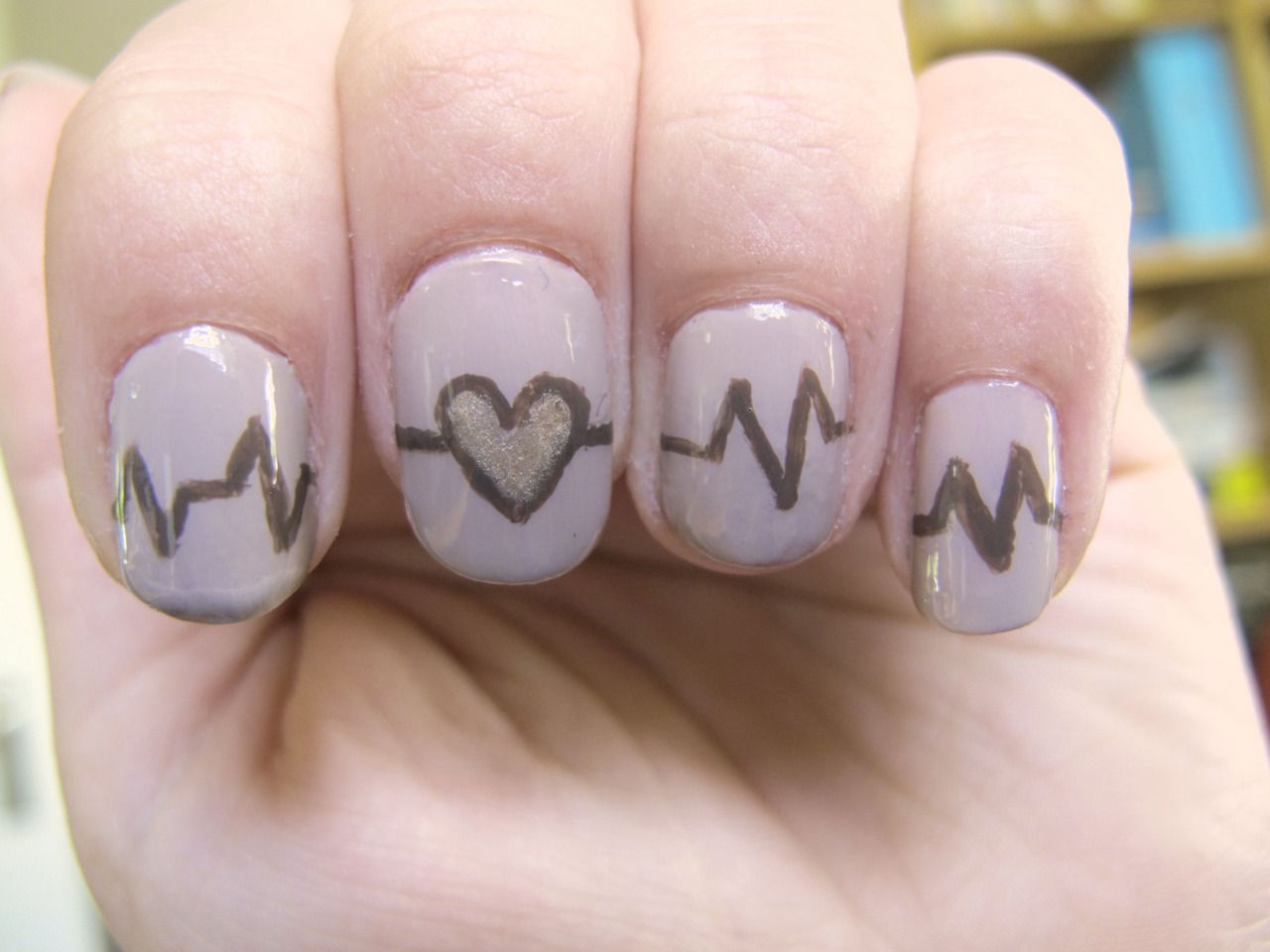 EKG Nails - I think this is really funny | nails | Pinterest
