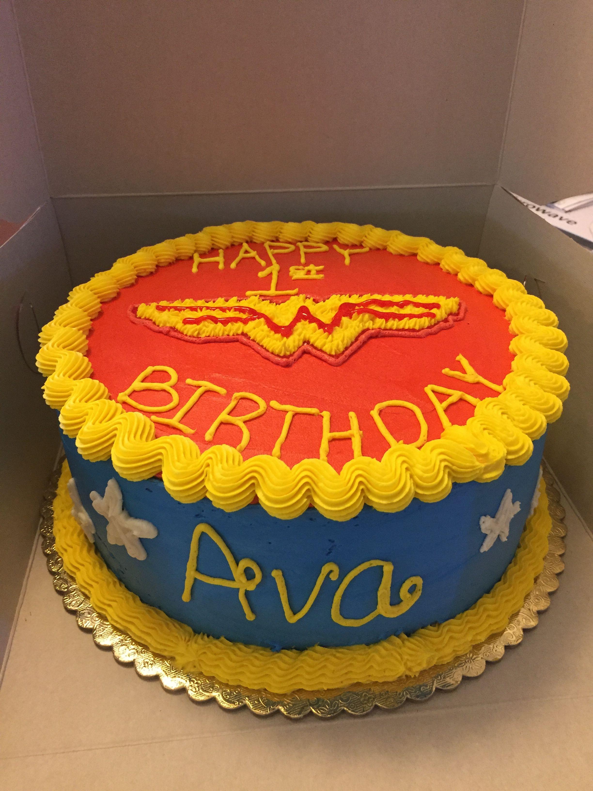 Wonder woman buttercream cake birthdays pinterest for Decoracion wonder woman