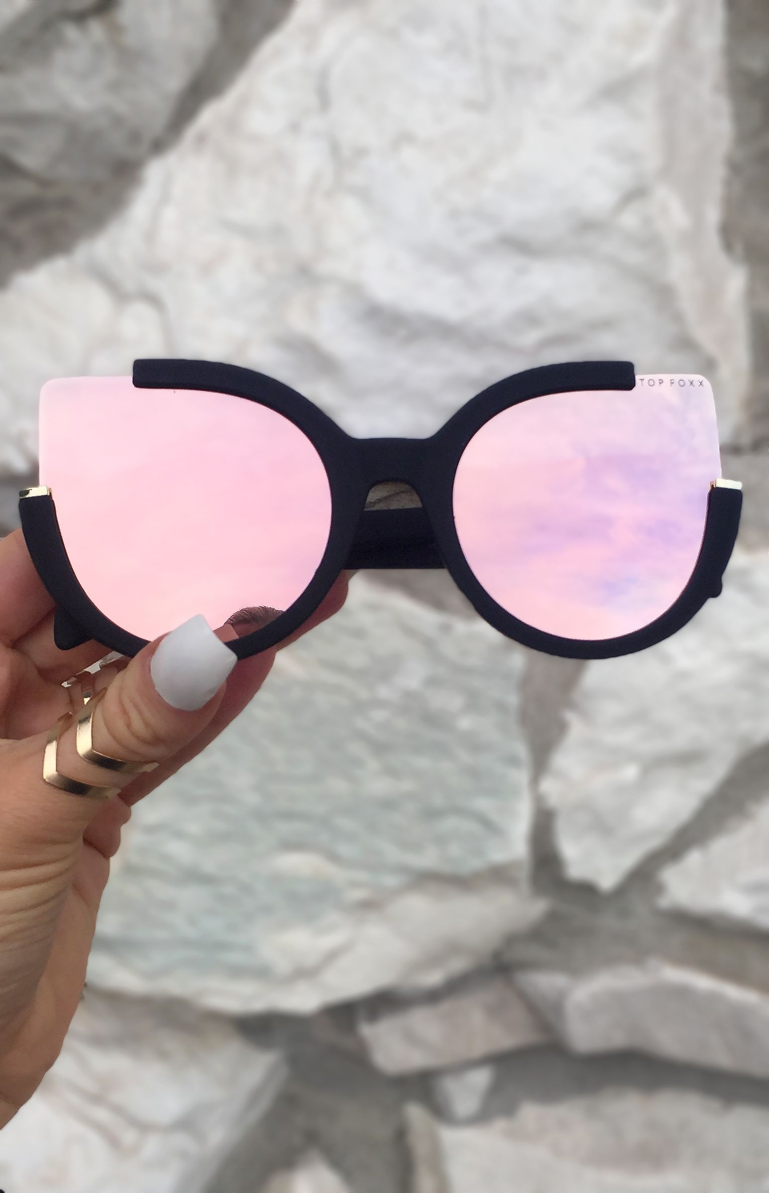 028736d601ff Chloe Sunnies - Black  Rosegold in 2019