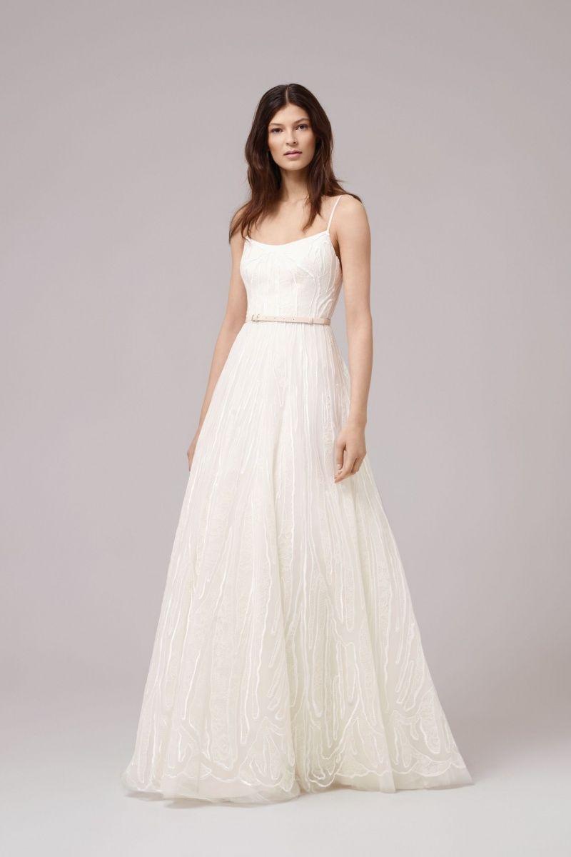 Wunderschönes Brautkleid in cremeweiß mit Spaghettiträgern ...