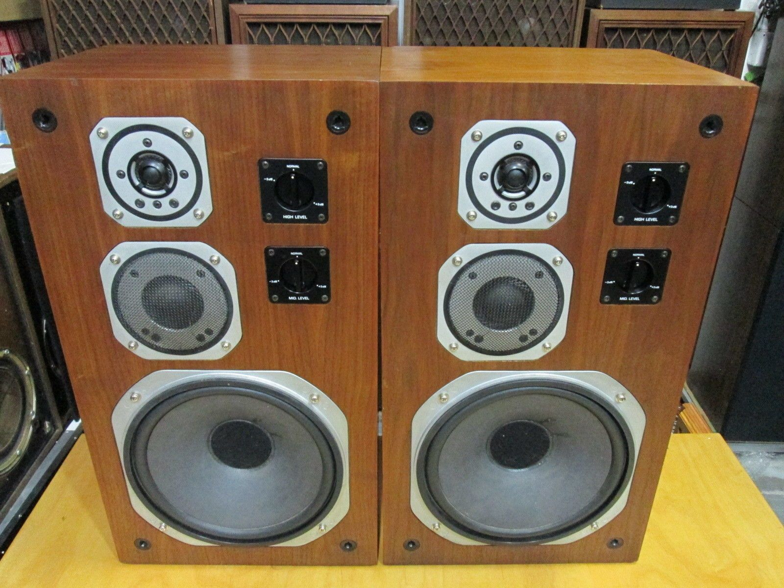 Yamaha Ns 670 Vintage Audiophile 10 Quot 3 Way Stereo Speakers