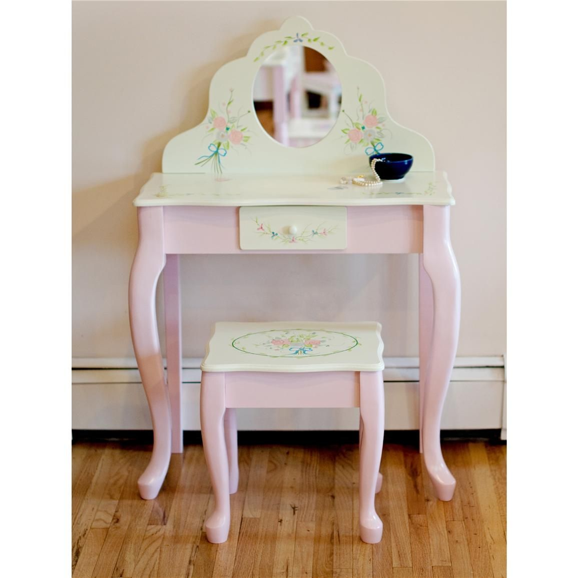 ChildrenS Vanity Table Sets   http://lachpage.com   Pinterest ...