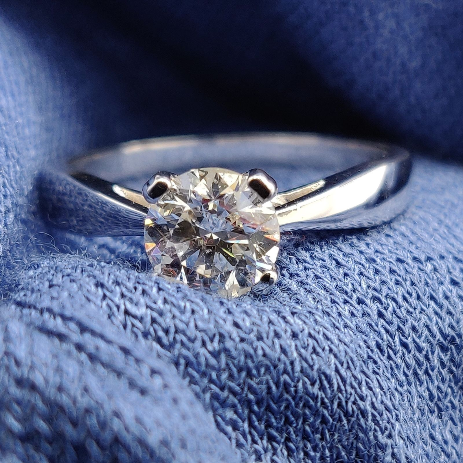 Hi We Are Be Jolie And We Have An Ebay Store Where We Sell Jewelries Such As E 14k Engagement Ring Diamond Solitaire Engagement Ring Solitaire Engagement Ring