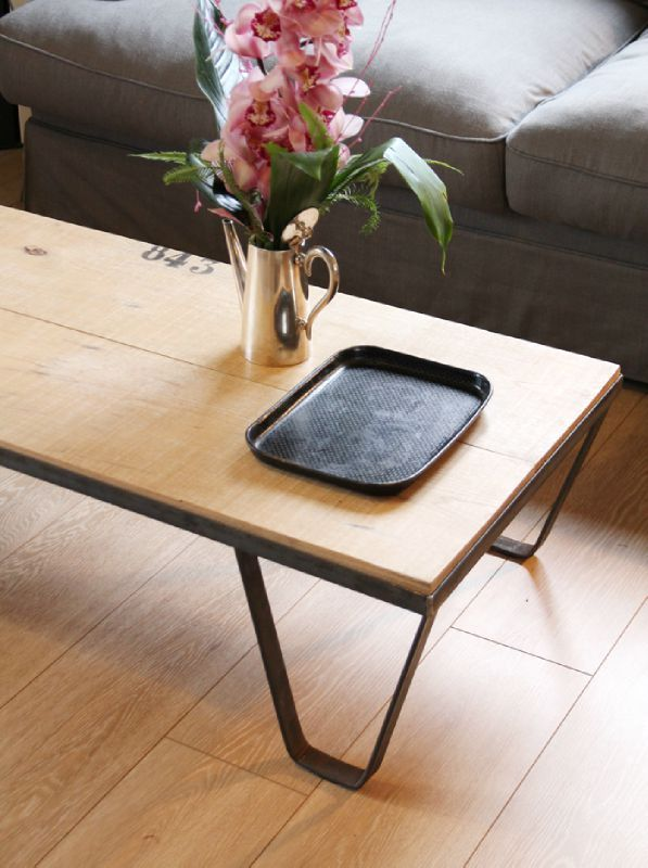 la table basse diy table basse fabriquer une table. Black Bedroom Furniture Sets. Home Design Ideas