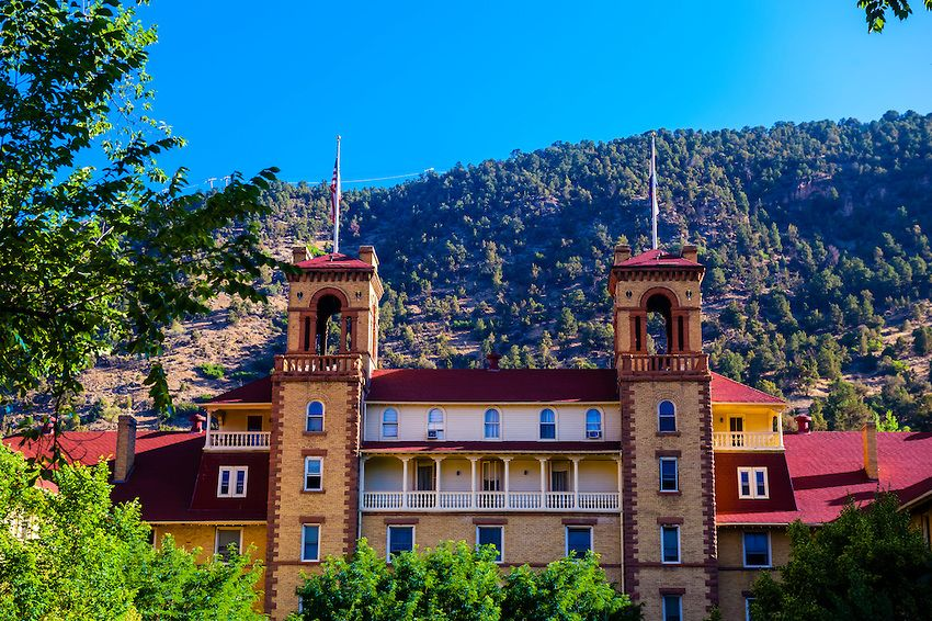 5 Haunted Hotels In Colorado That Will Scare The Daylights Out Of You Denver