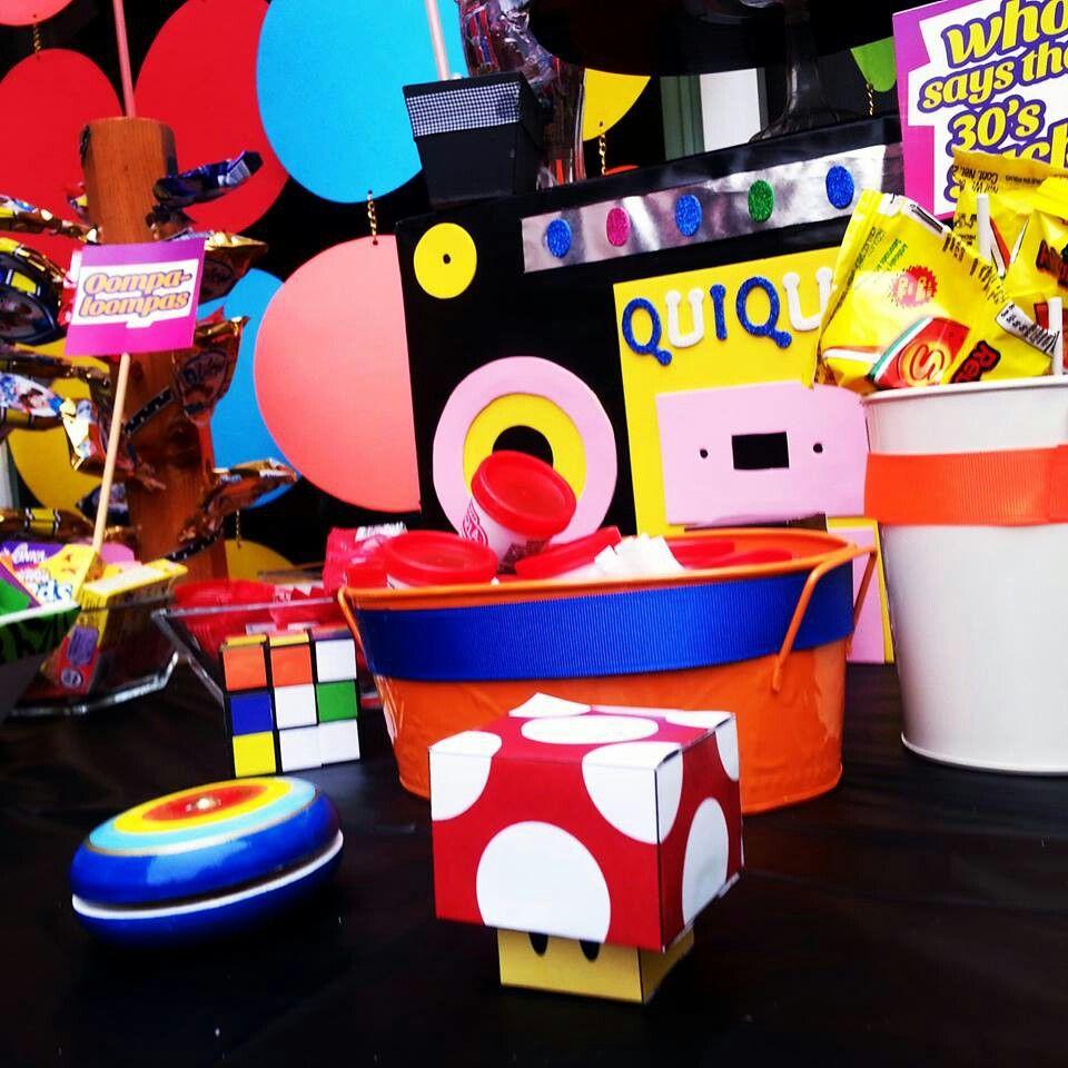 80 39 s 90 39 s party candy bar mesa de postres theme party for Decoracion 80 90