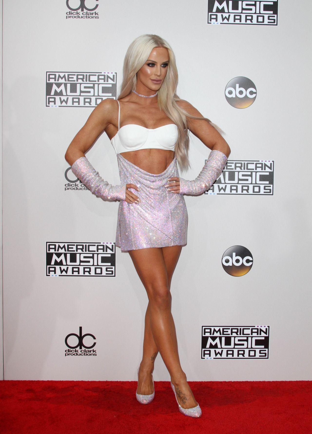 Pin By Kody Bettis On Gigi Gorgeous American Music Awards