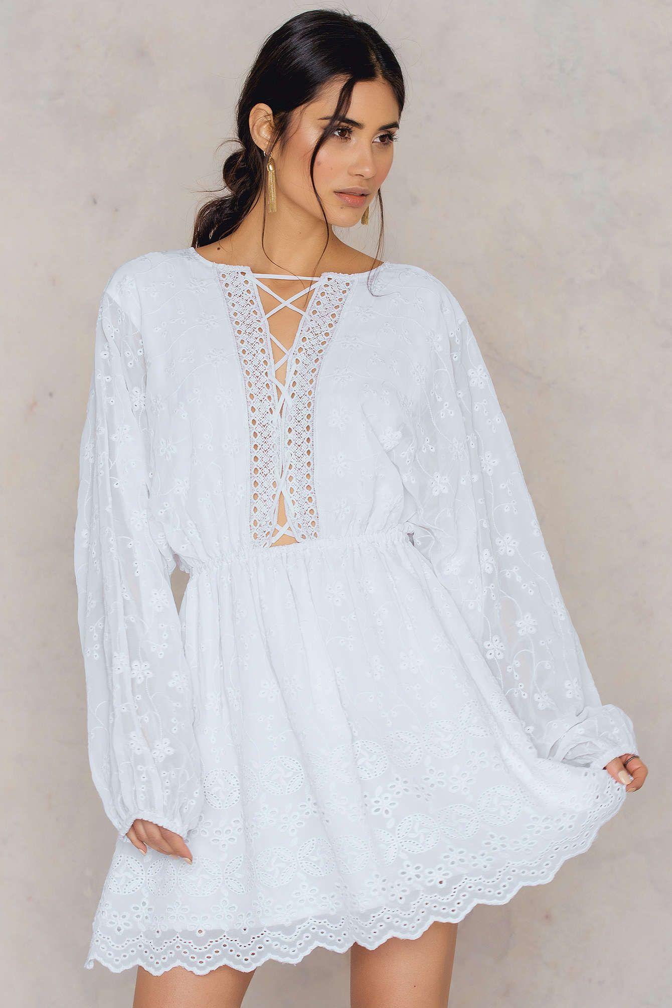 The Lace Up Lace Dress By Na Kd Boho Kruzhevnoe Plate Beloe Kruzhevnoe Plate Platya [ 2008 x 1340 Pixel ]