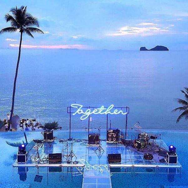 Sunset Wedding And Dinner Reception Overlooking The Gulf Of Thailand At Conrad Koh Samui