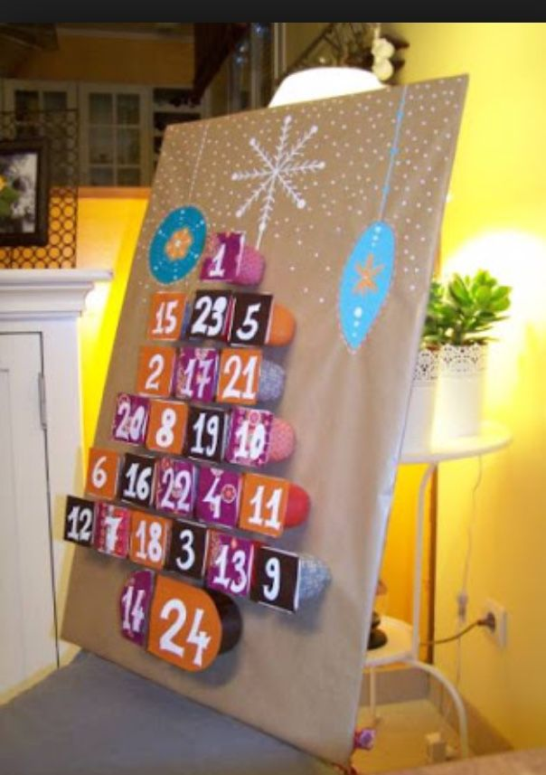 24 id es pour un calendrier de l 39 avent fait maison noel advent advent calendar et christmas diy. Black Bedroom Furniture Sets. Home Design Ideas