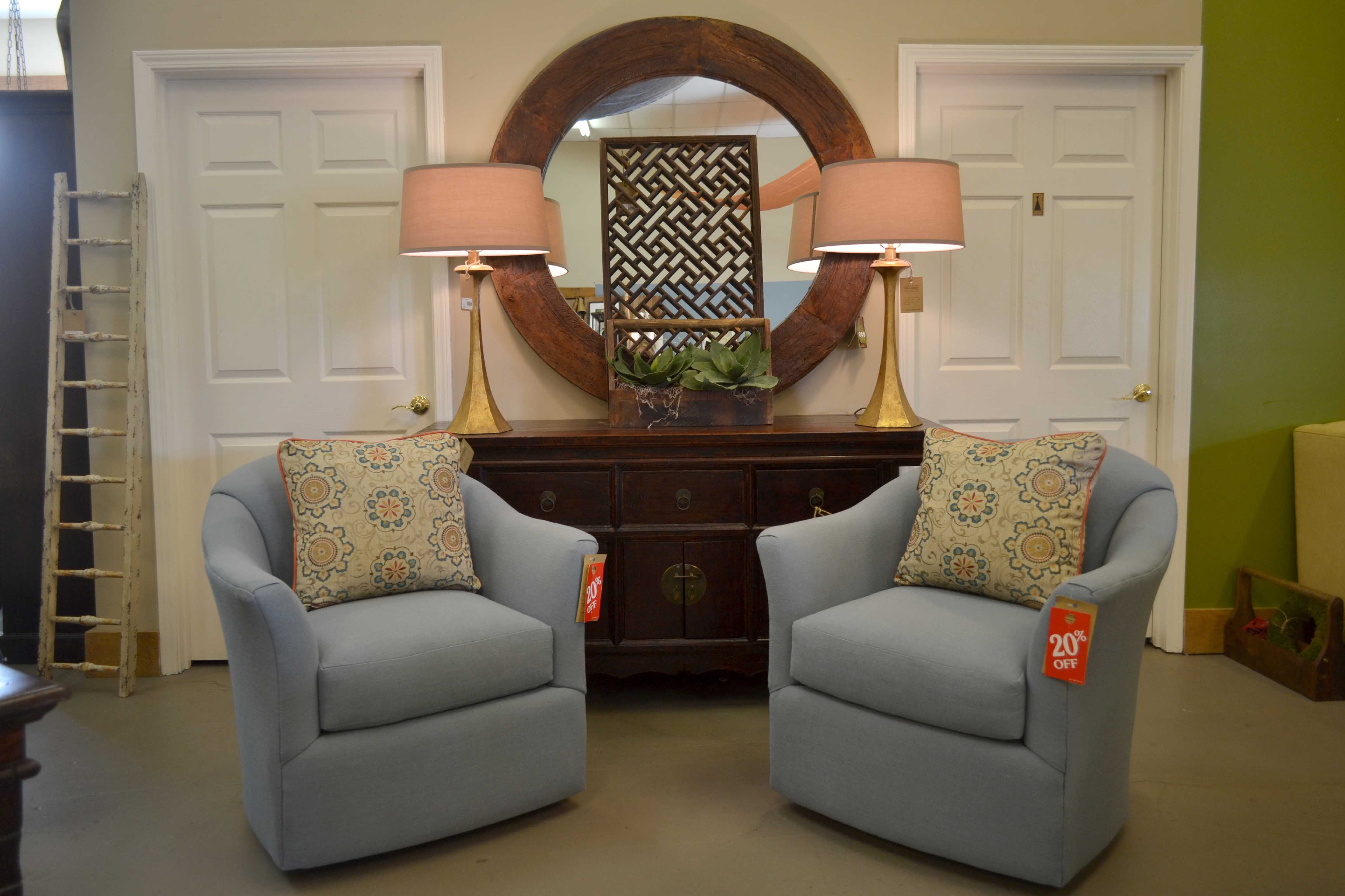 Swivel Chairs Are Back Swivel Chair Master Bedroom Swivel