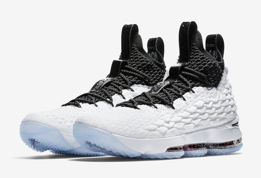 Nike LeBron 15 Men's Size 10