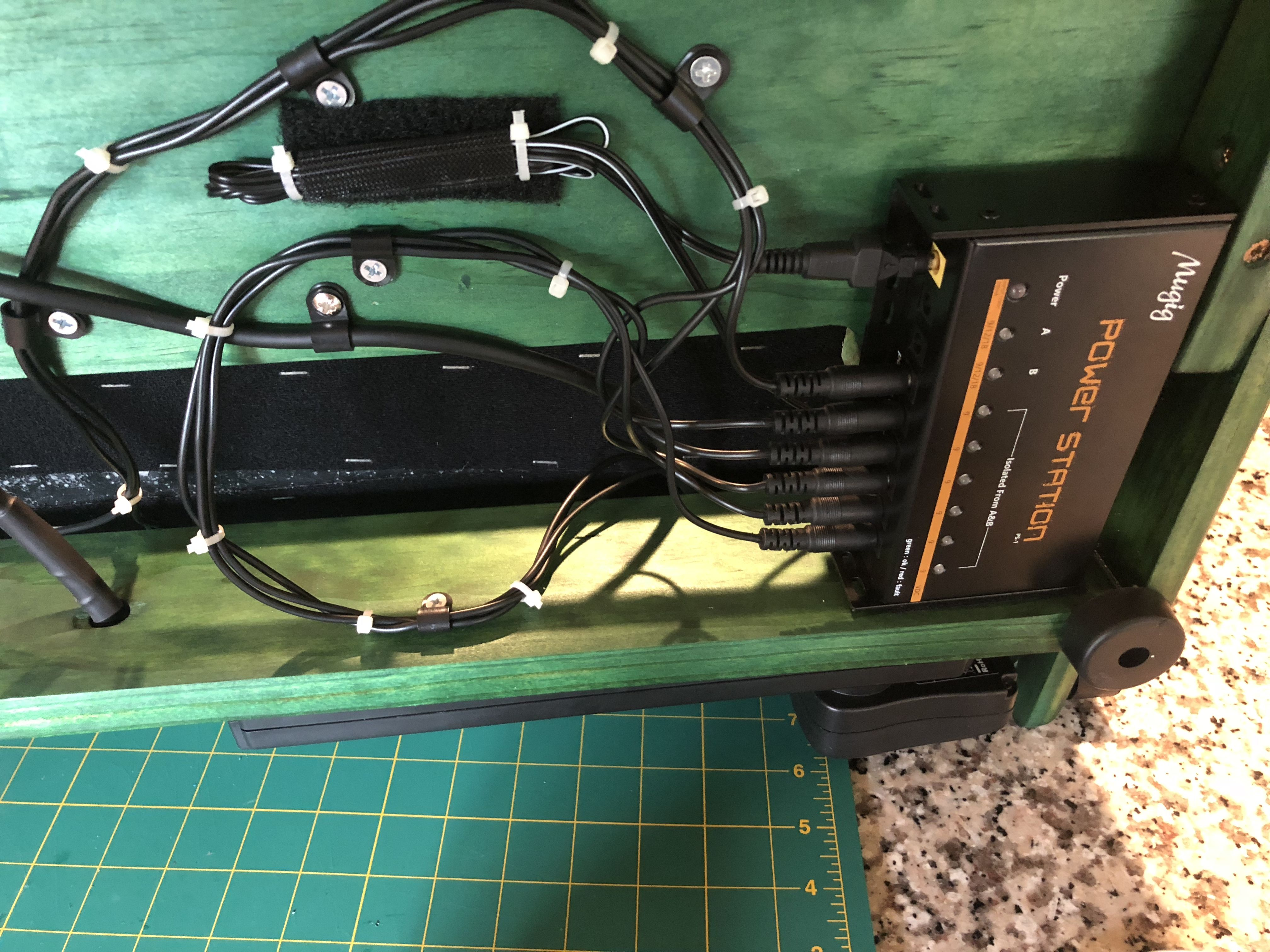 pedalboard wiring on custom pedalboard pedalboard design custom pedal board wiring [ 4032 x 3024 Pixel ]