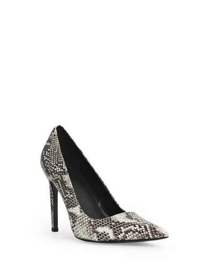 3f75f6e0c Zapatos salón piel serpiente MANGO OUTLET | Whish List | Zapatos de ...