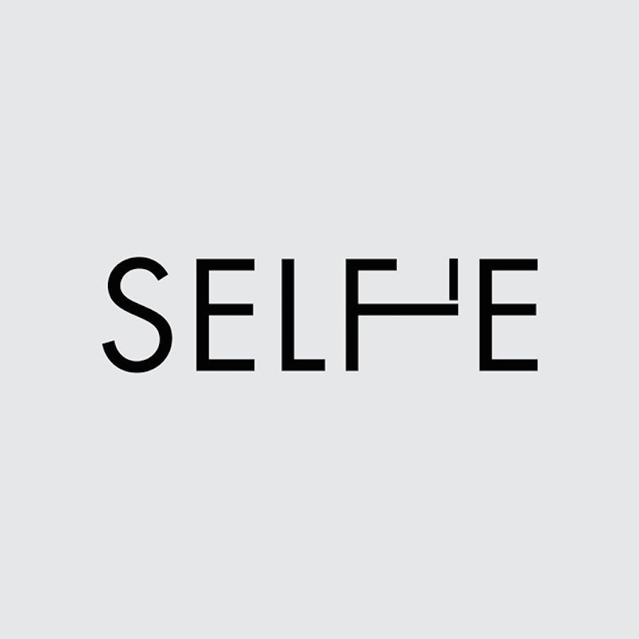it's selfie time! #selfie #graphicdesign