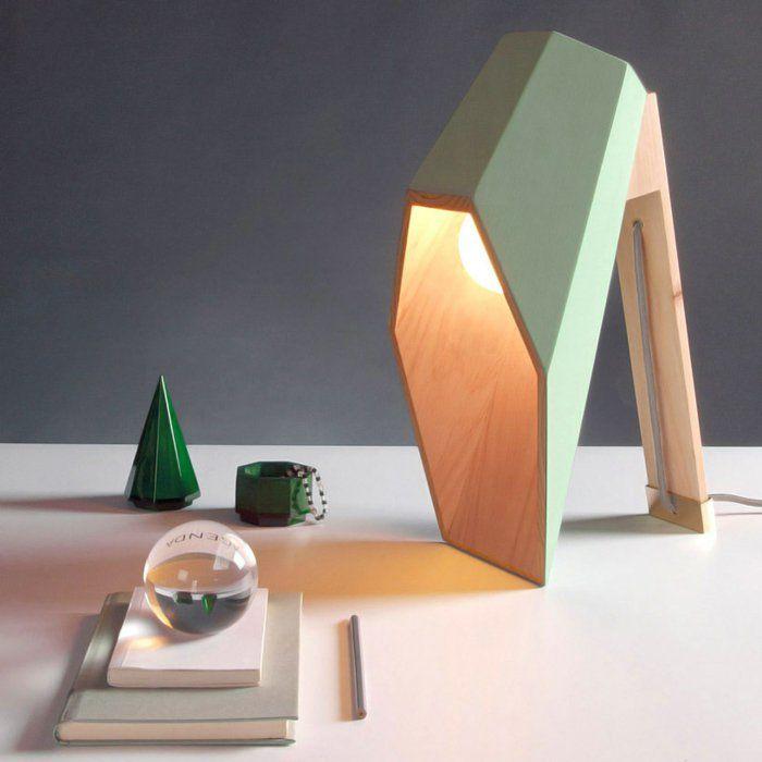 Geometrische Tischlampen aus Holz vom Designer Alessandro