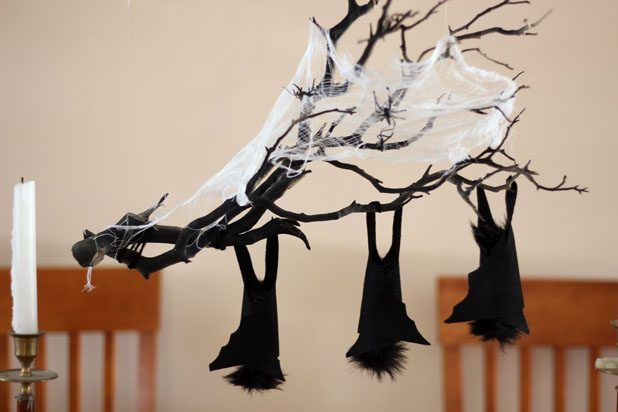How to Make a Hanging Branch Centerpiece for Halloween Branch - how to make decorations for halloween