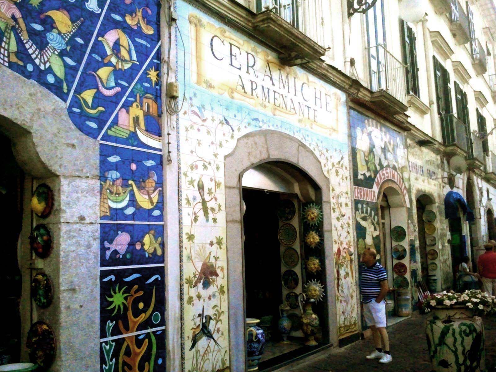 Vietri sul mare - Botteghe e negozi del centro storico #vietri #italia #costamalfitana #mare # ...