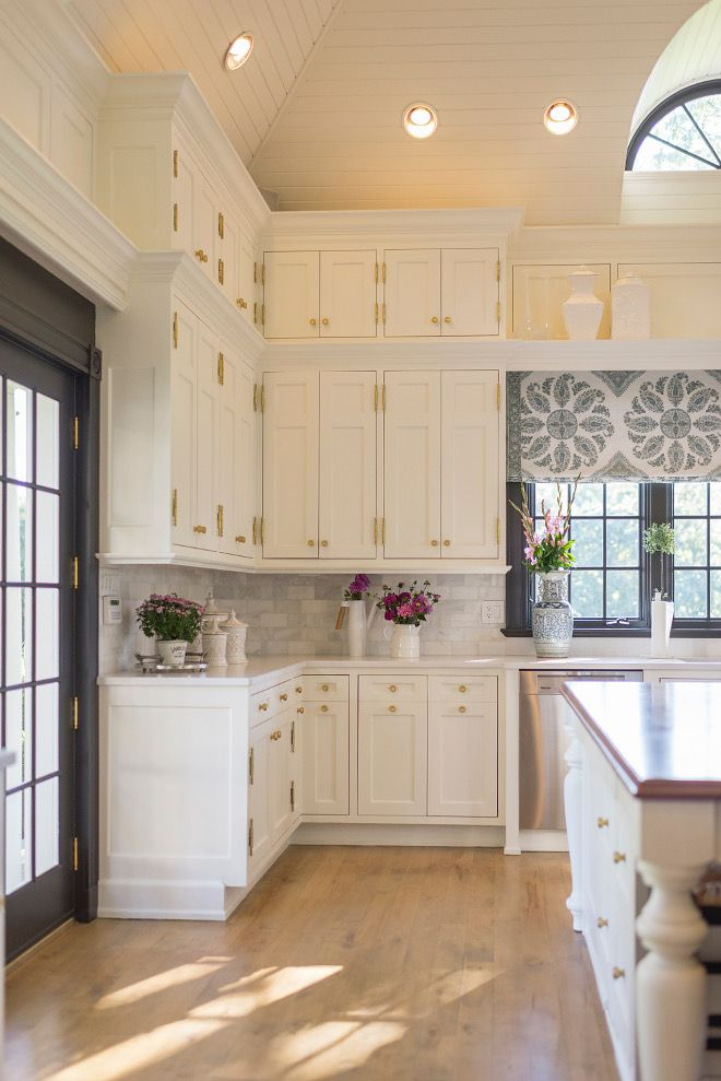 Best Benjamin Moore Ivory White On The Cabinets And Ceiling 640 x 480