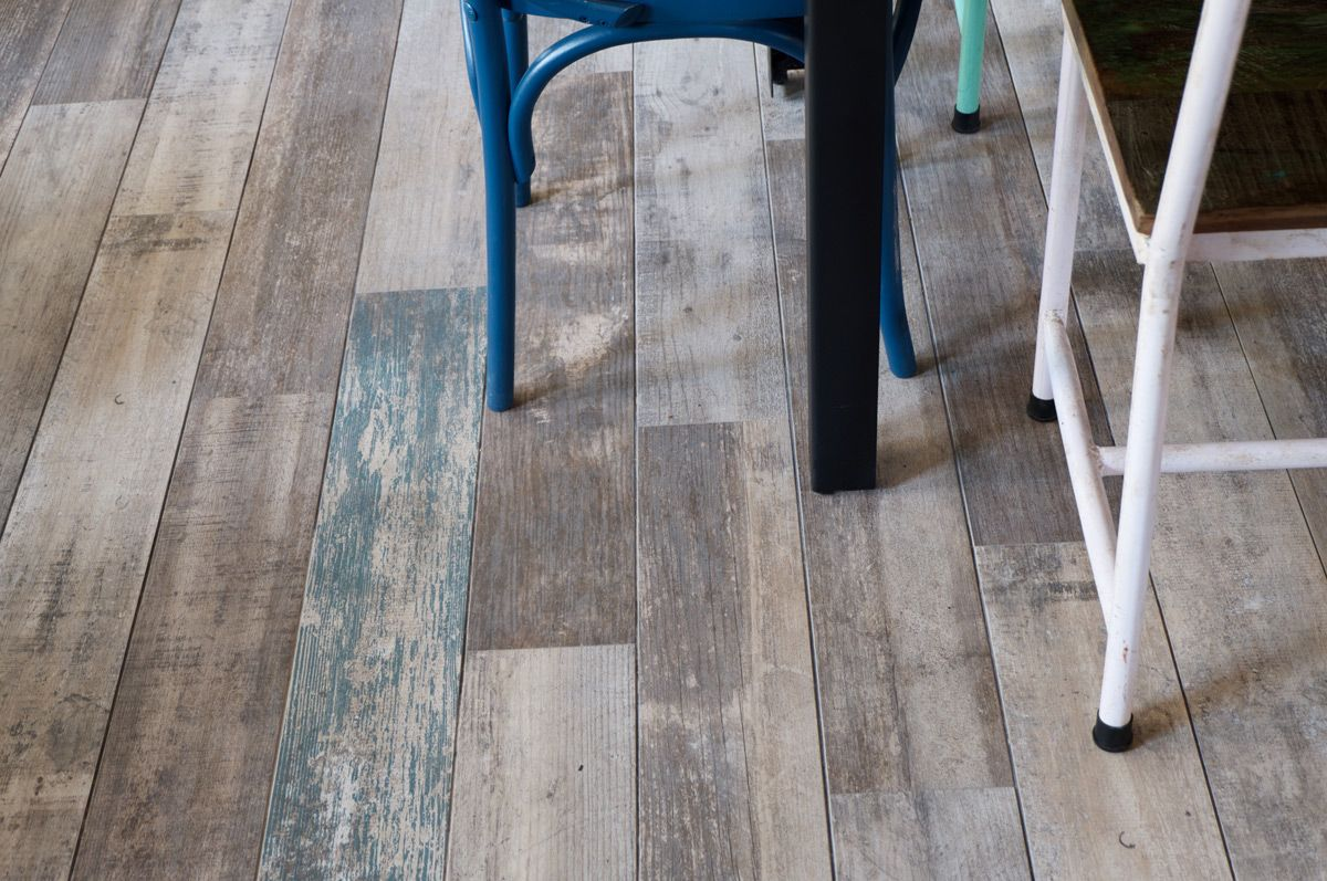 faro: yugo ceniza 14,4x89,3cm| porcelain tiles | vives azulejos y