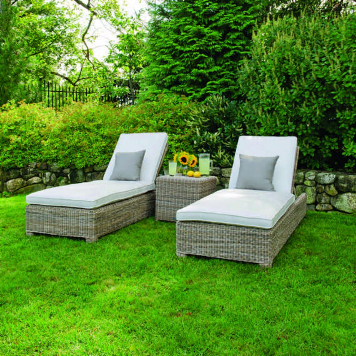 Sag Harbor Adjustable Chaise Lounge w/ Wheels | Coastal outdoor ...