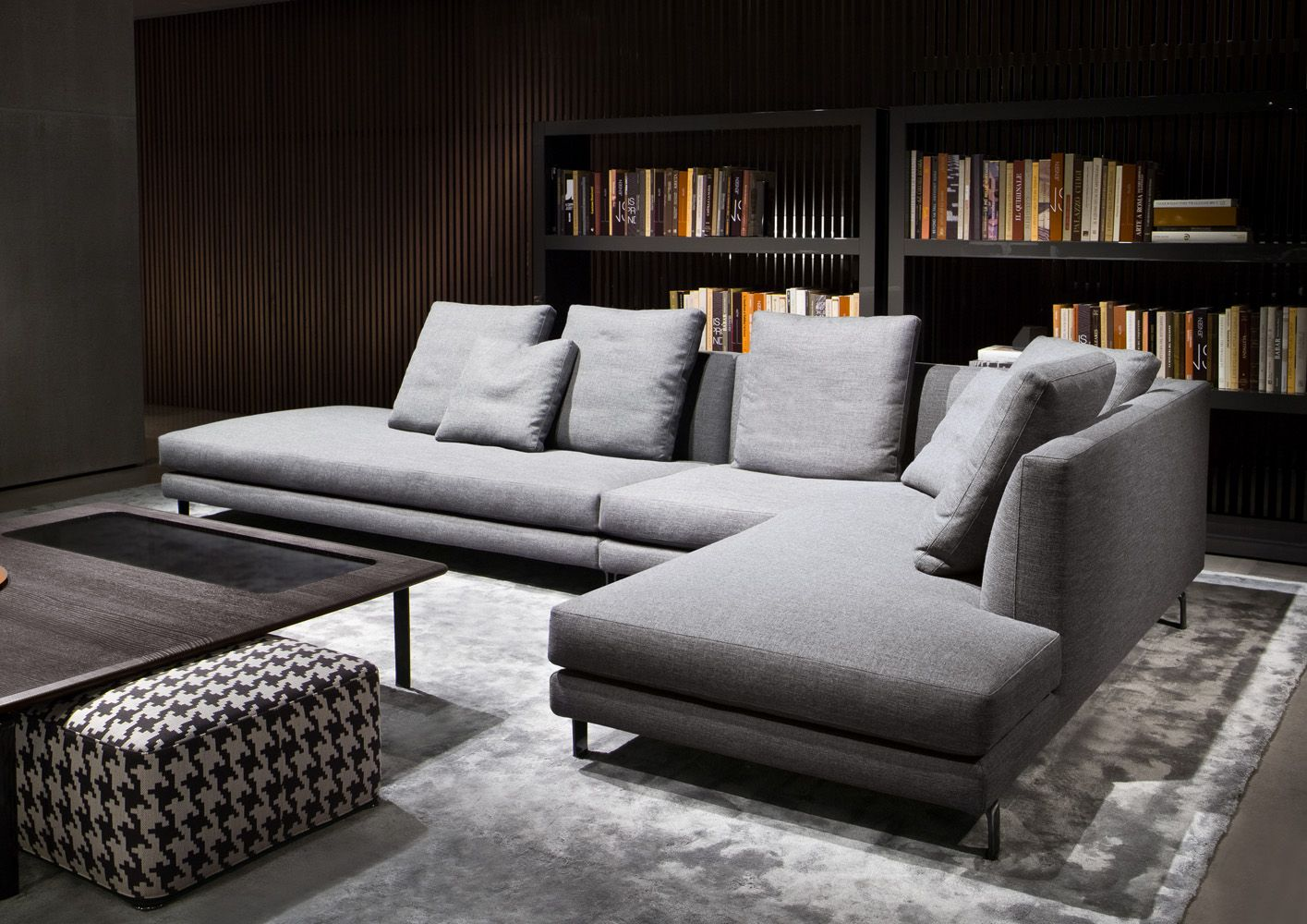 20 Modish Minotti Sofas And Seating Systems Minotti Sofa Furniture Furniture Design Modern