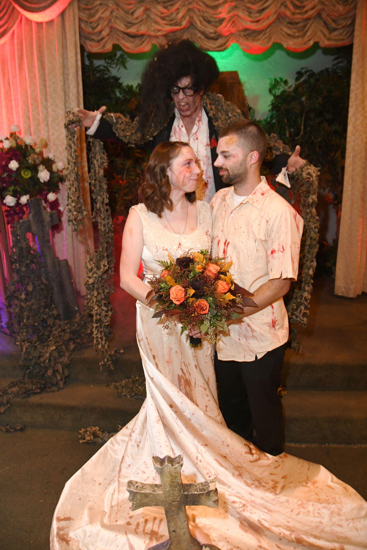 Zombie Wedding in 2020 Vegas bride, Las vegas bride
