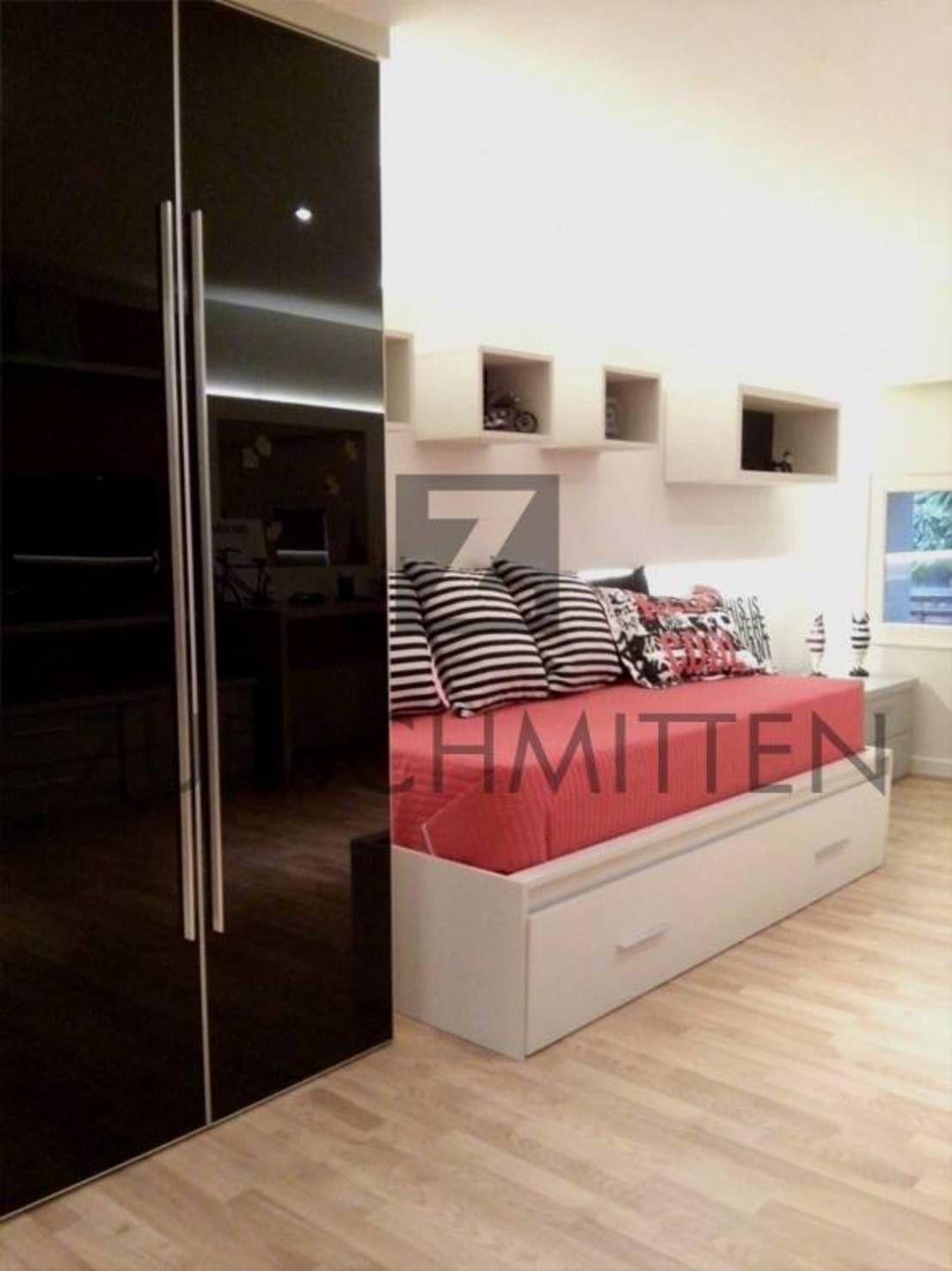 Encontrá las mejores ideas e inspiración para el hogar. Dormitorios por Zurschmitten | homify