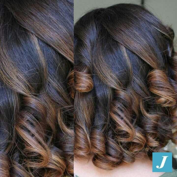 Semplicemente... #DegradèJoelle #cdj #degradejoelle #tagliopuntearia #degradé #igers #musthave #hair #hairstyle #haircolour #longhair #ootd #hairfashion #madeinitaly #instagood #wellastudionyc #Matera