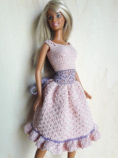 Puppenkleidung - Barbie Kleid (gehäkelt), rosa - ein Designerstück ...