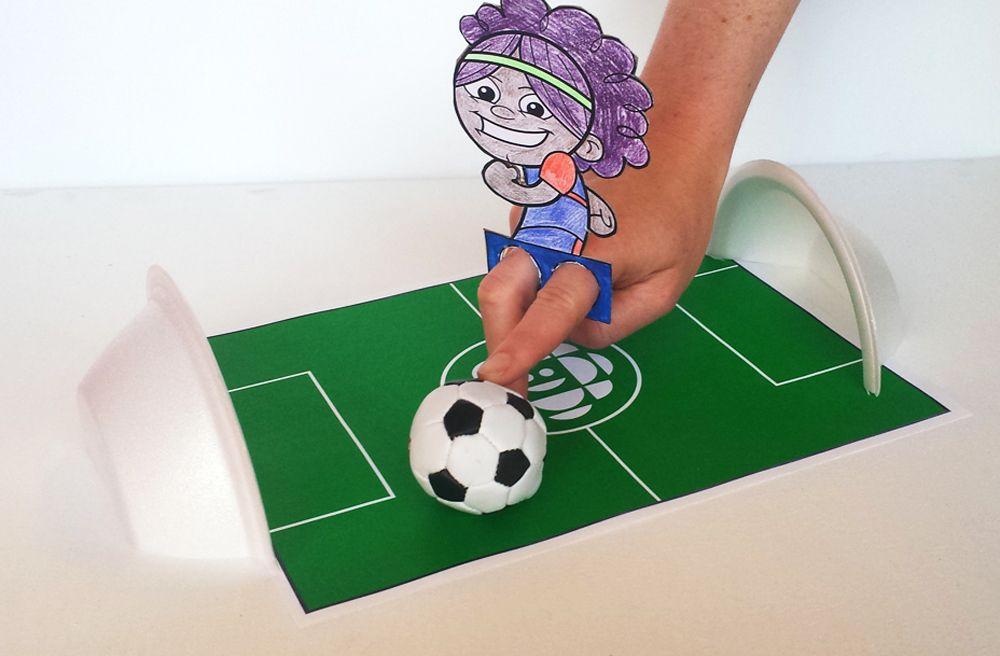 Soccer Player Finger Puppets Soccer crafts, Puppet
