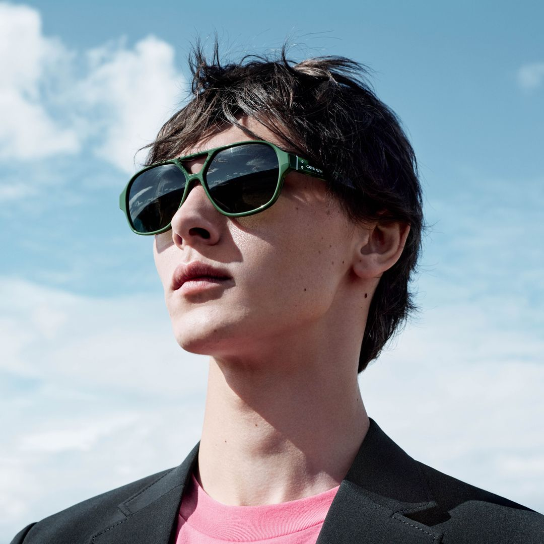 Calvin Klein Eyewear Ss18 Ad Campaign Style Ck18504s Sunglasses Calvin Klein Glasses Mens Sunglasses
